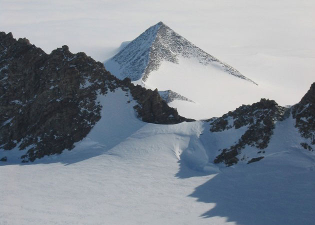 PiramidiAntartico.jpg