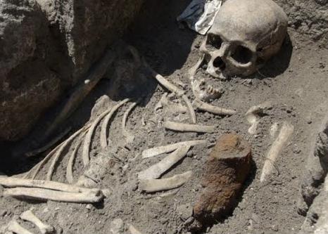 scheletro-gigant.jpg